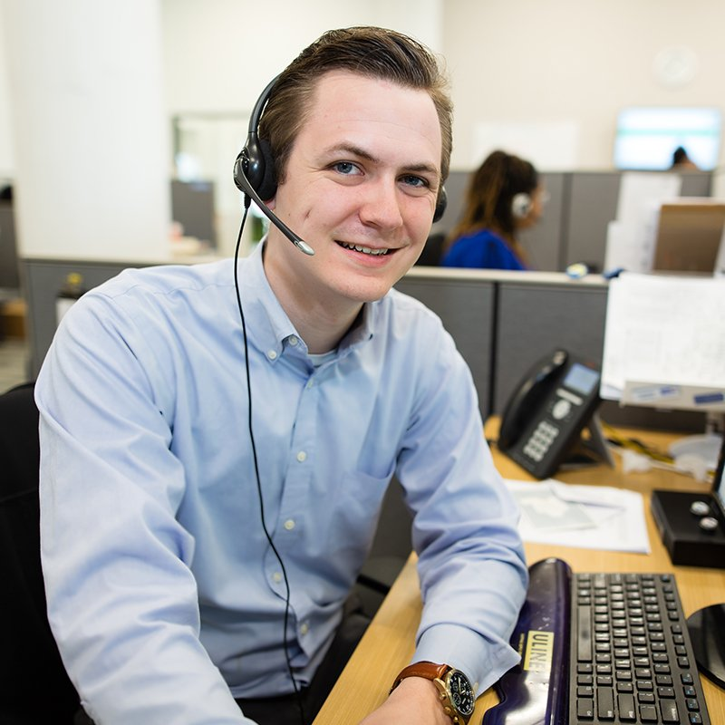 Employee at call center